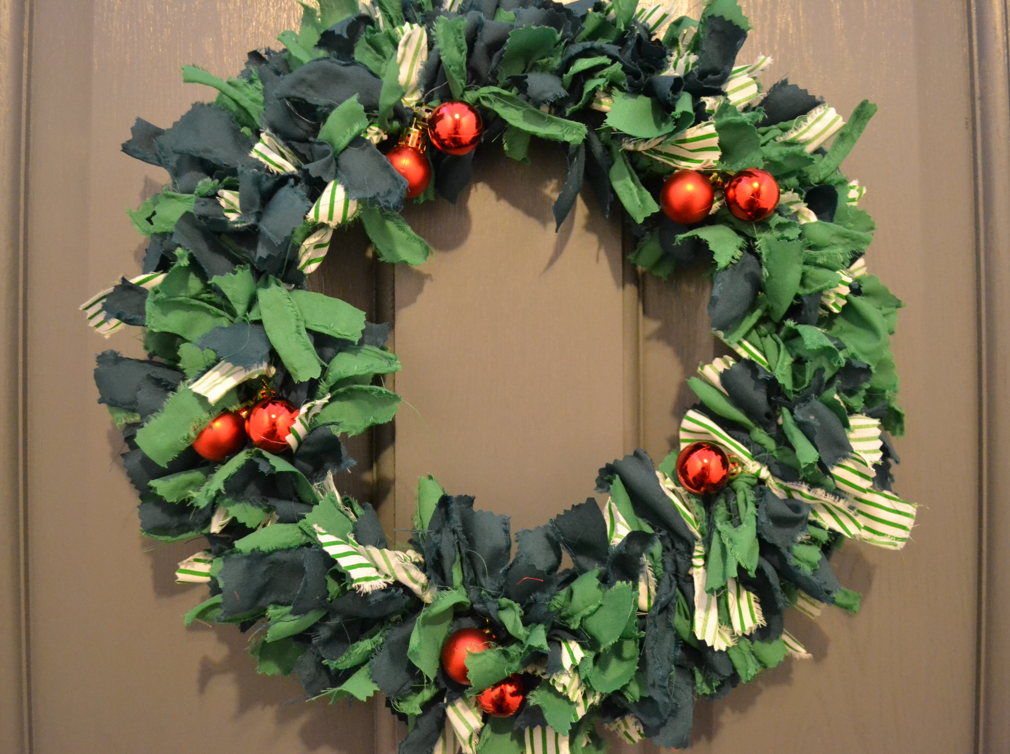 Holly Fabric Wreath